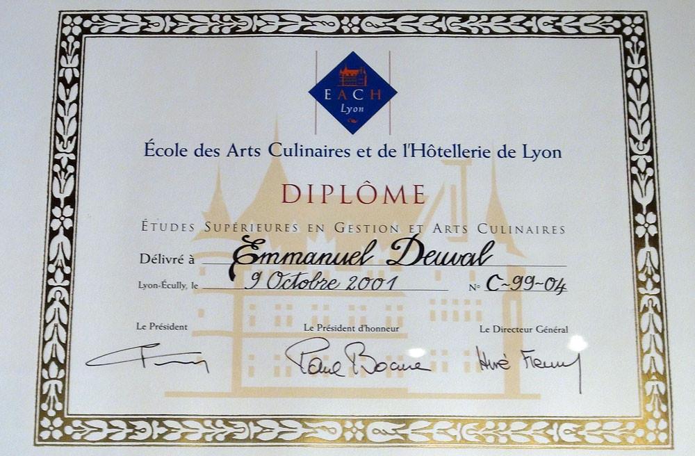 """Le diplôme, signé """"Paul Bocuse"""" !"""