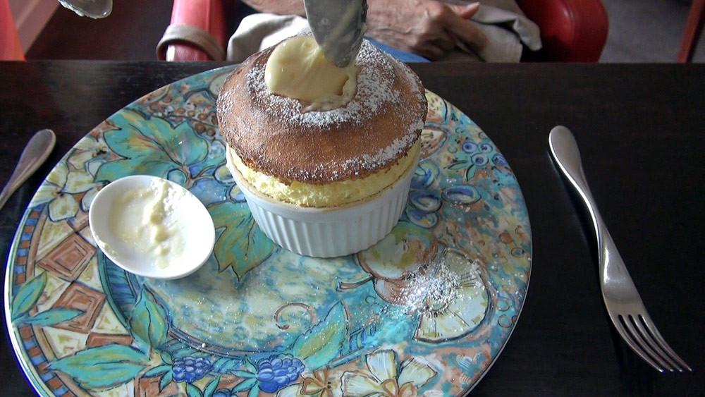 Le service du Soufflé citron, glace chocolat blanc : épisode 3
