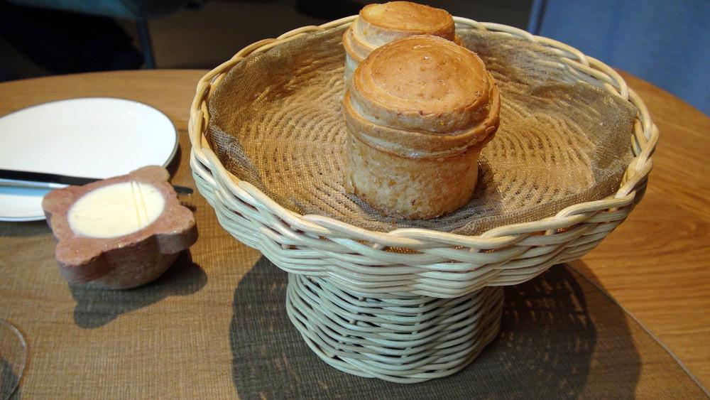 """Les petits pains briochés en """"T"""", come la corbeille"""