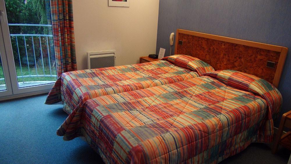 Les 2 lits de la chambre N° 2