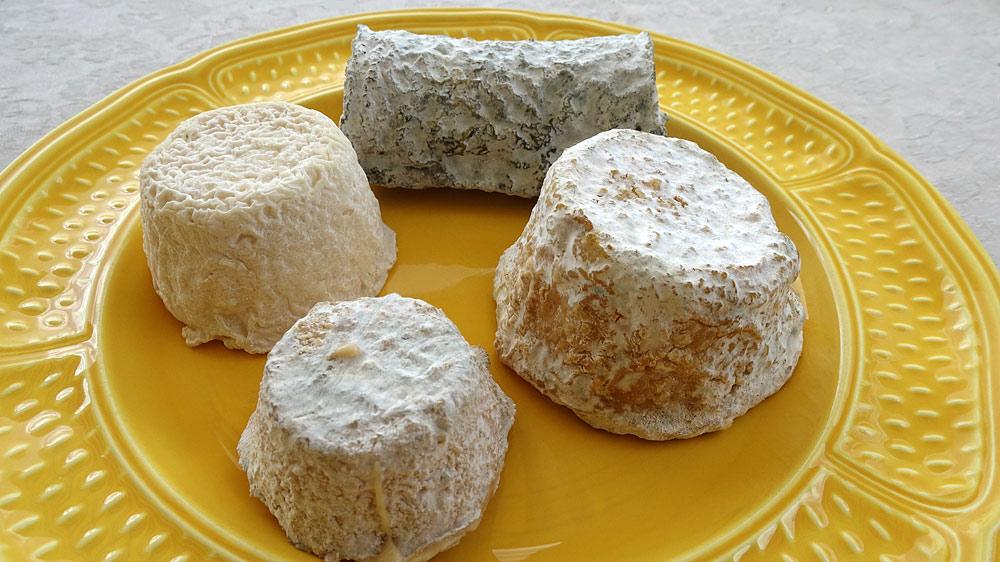 Les fromages achetés prêts à être dégustés