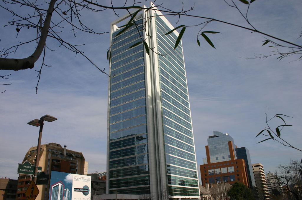 STOPSOL Silverlight Green (descontinuado), Torre Isidora Foster, Santiago, Chile