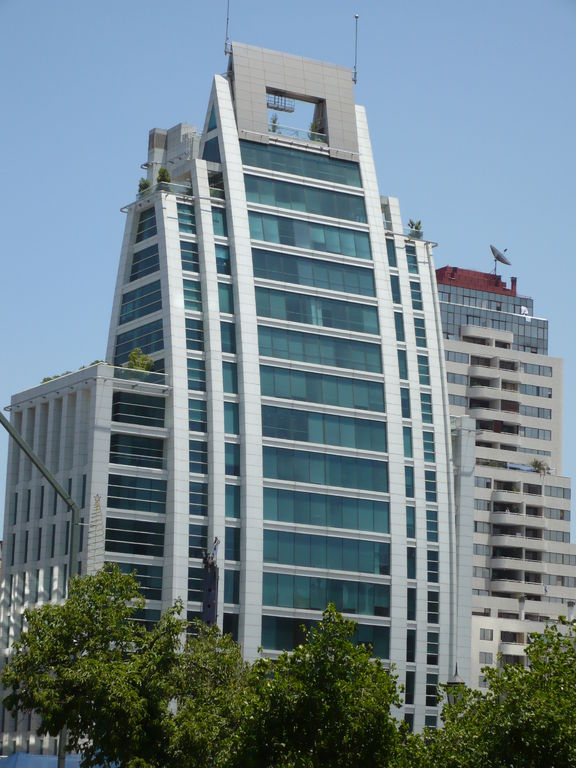SUNERGY Verde, Edificio El Regidor (Metrogas), Santiago, Chile