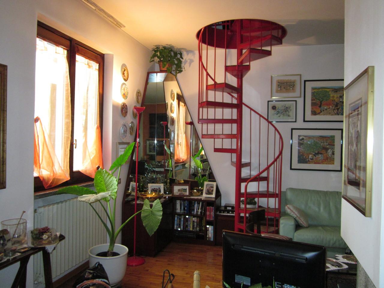 La scala di accesso alla mansarda