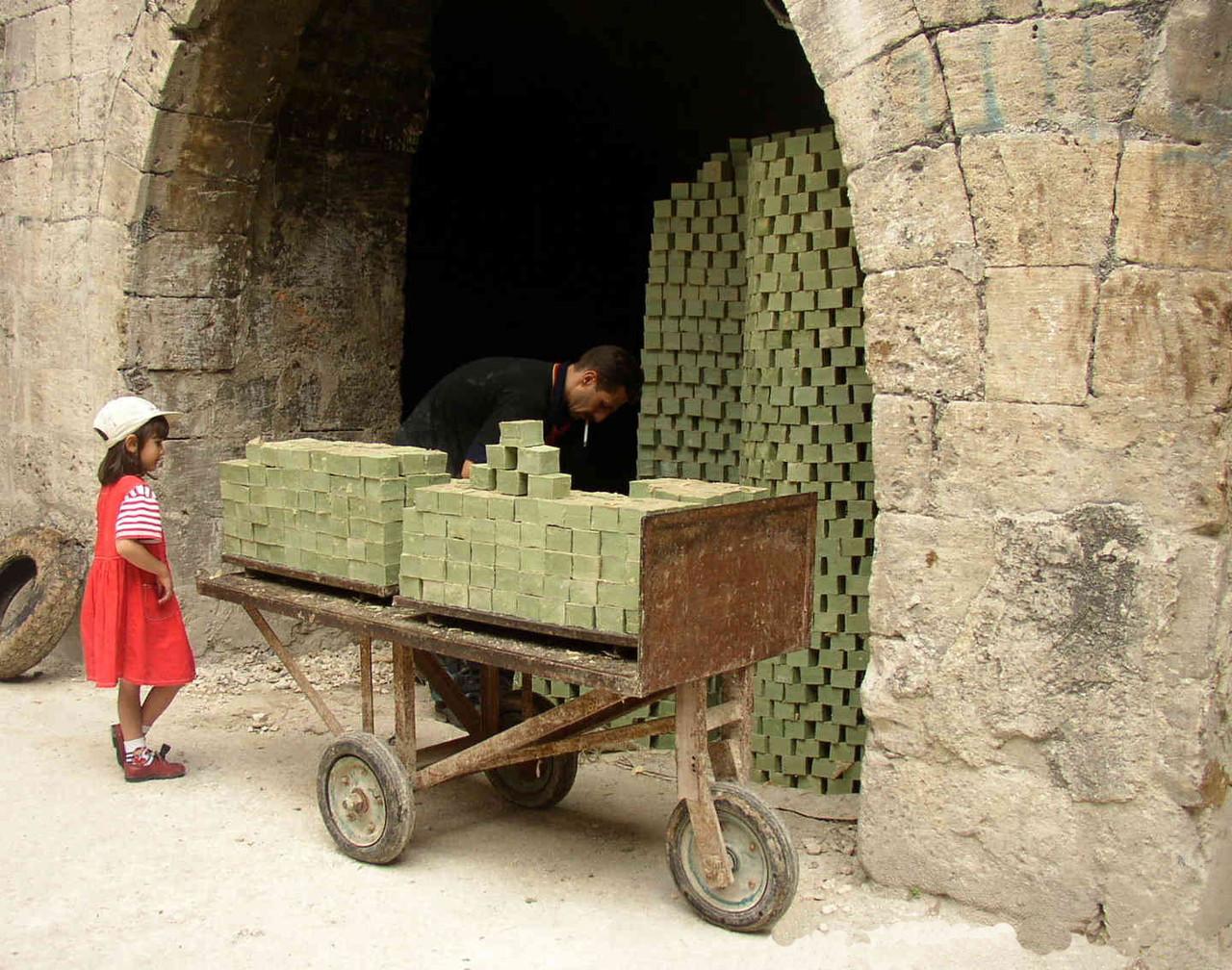 Stock de savon dans le souk d'Alep