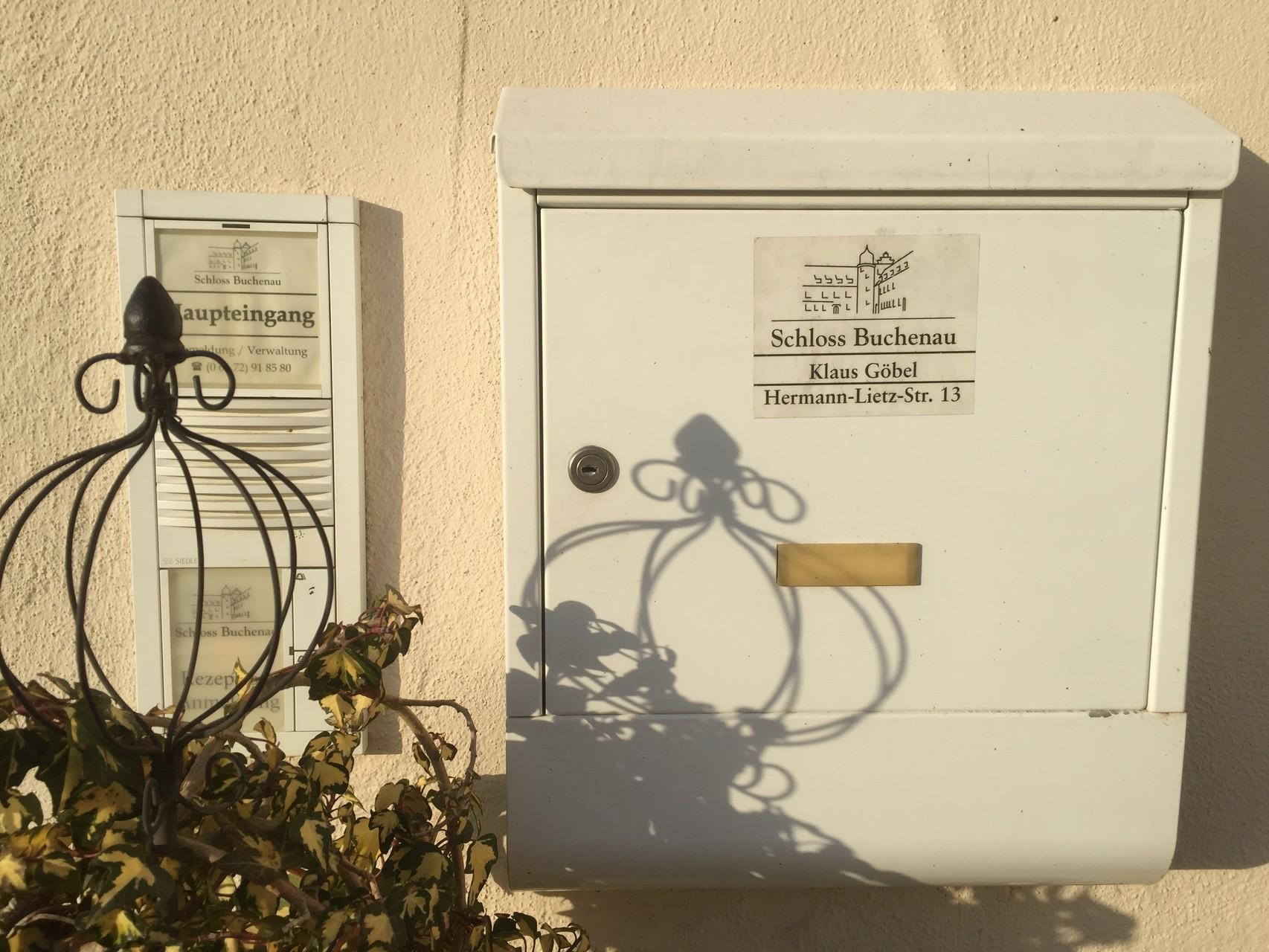 Die Adresse. // Foto: Gömmer