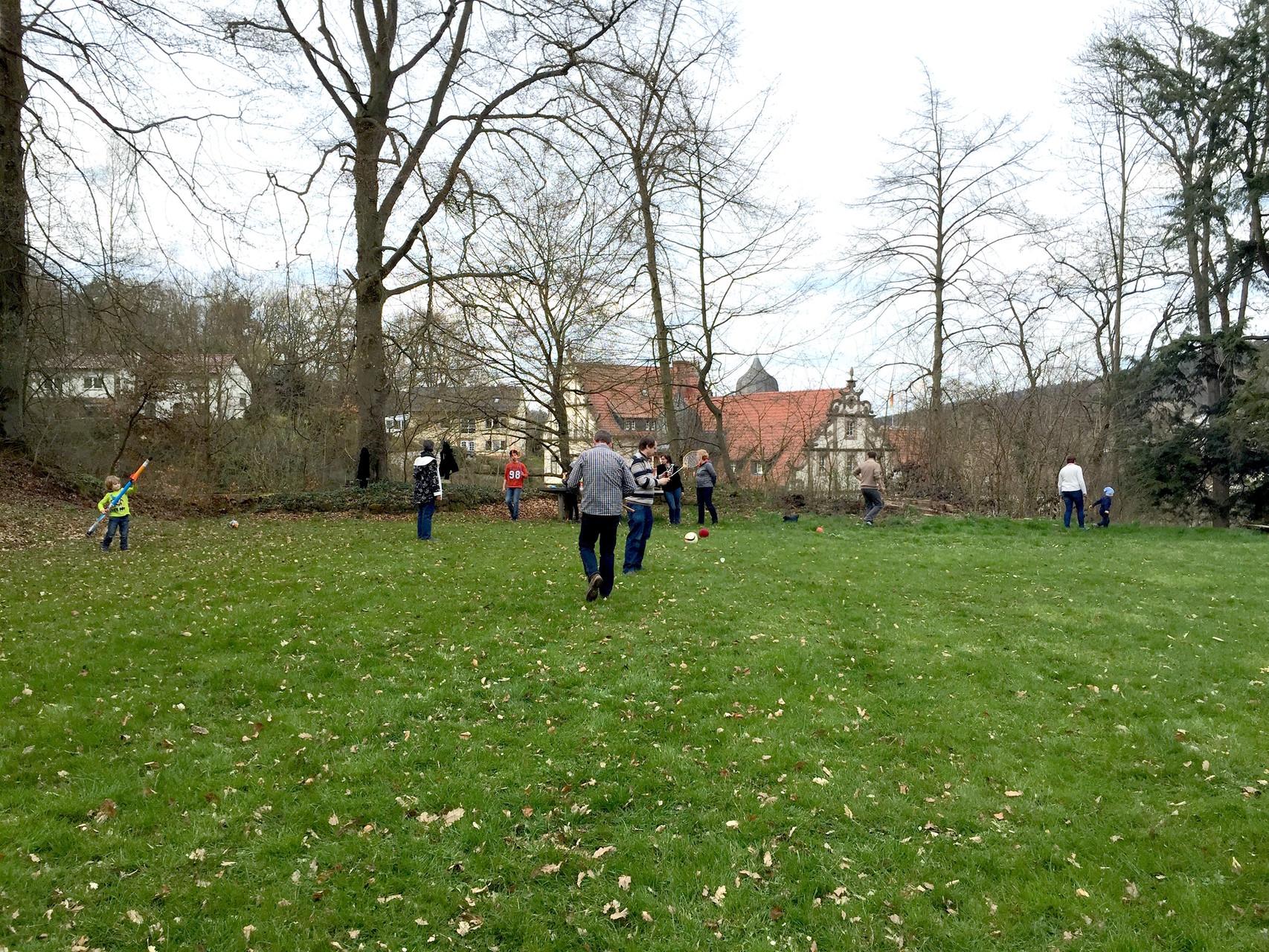 Spiel und Spaß im Freien. // Foto: Gömmer