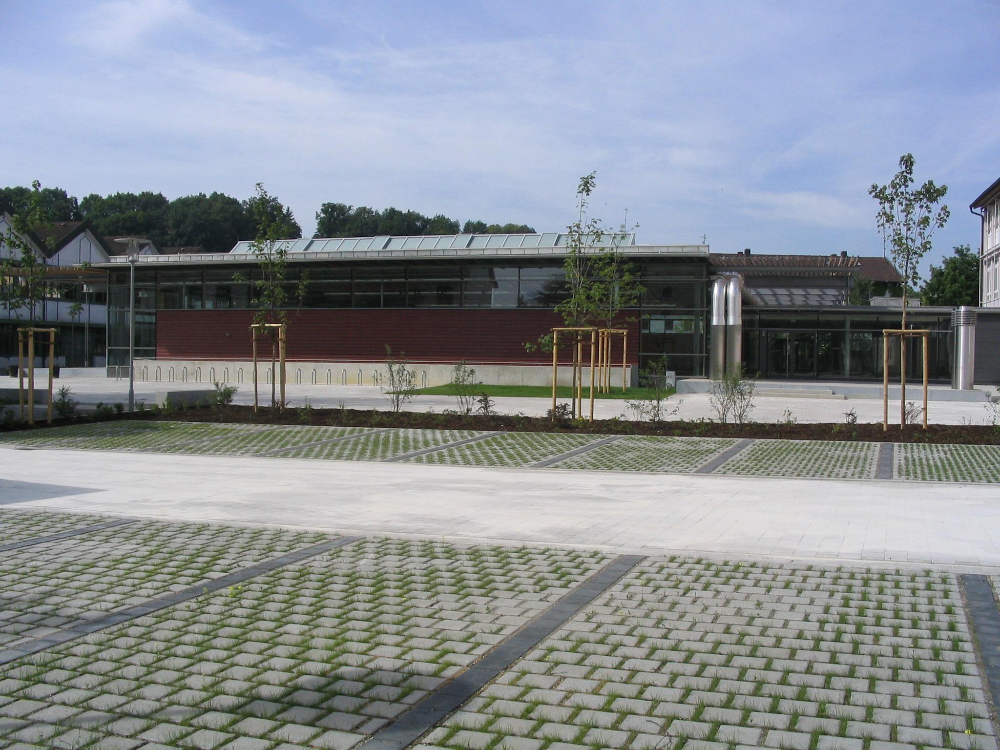 Neubau Dreifschturnhalle Herzog-Tassilo Realschule 2003