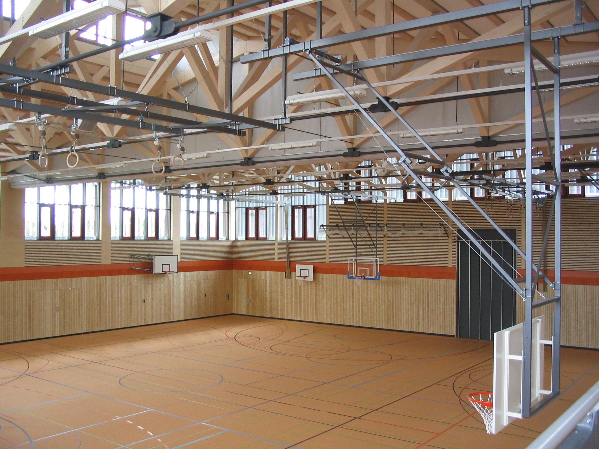 Neubau Zweifachturnhalle Altdorf 2005 - Innenansicht