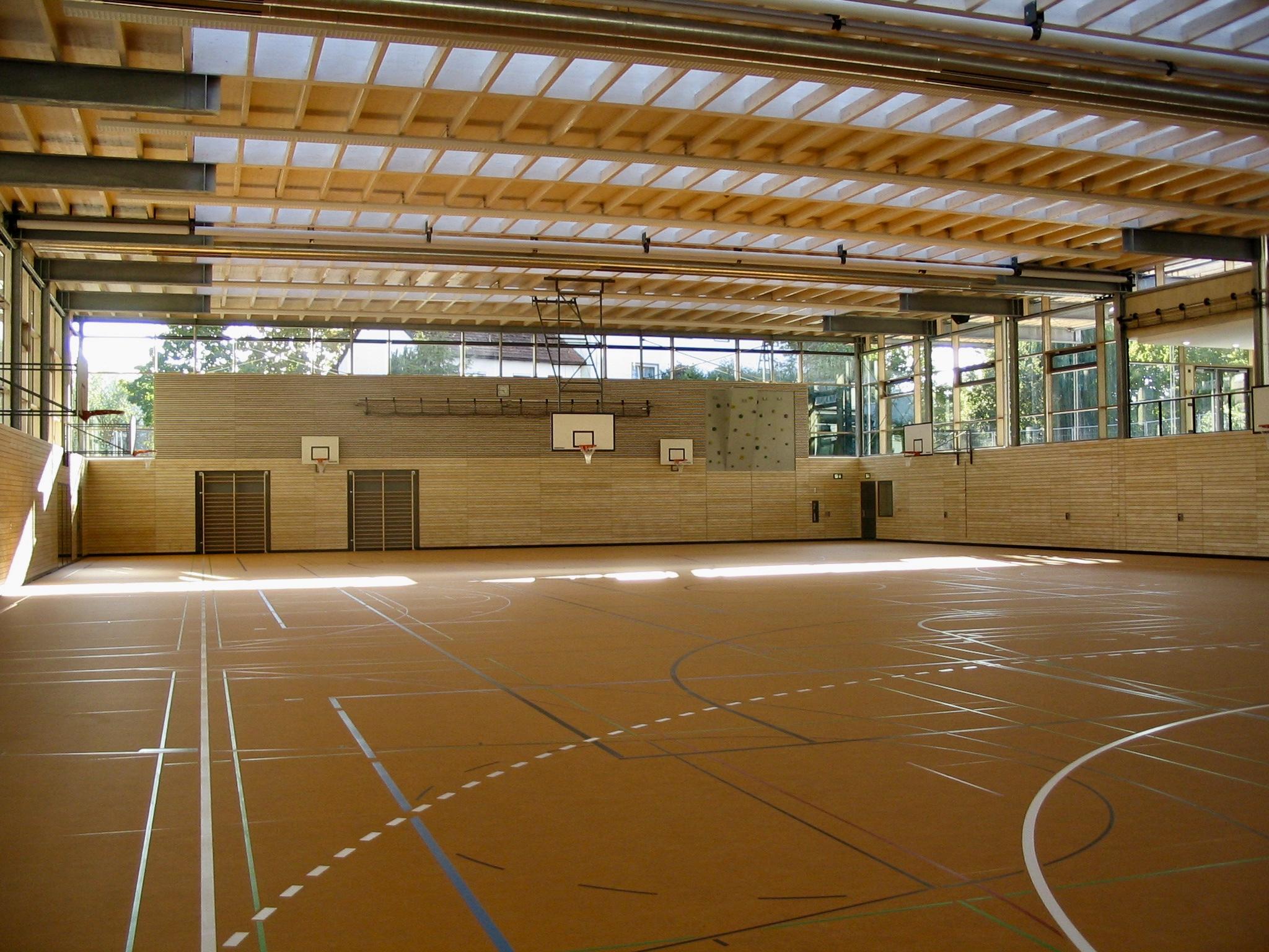 Neubau Dreifachturnhalle Herzog-Tassilo Realschule 2003
