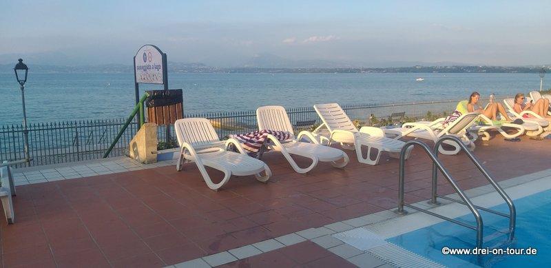 mit Blick auf den Gardasee