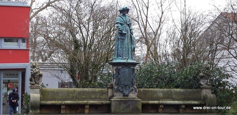 """Statue """"Marie von Jever"""""""