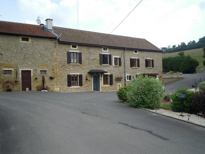 Extérieur de la maison d'hôtes le moulin au nord de la Meuse