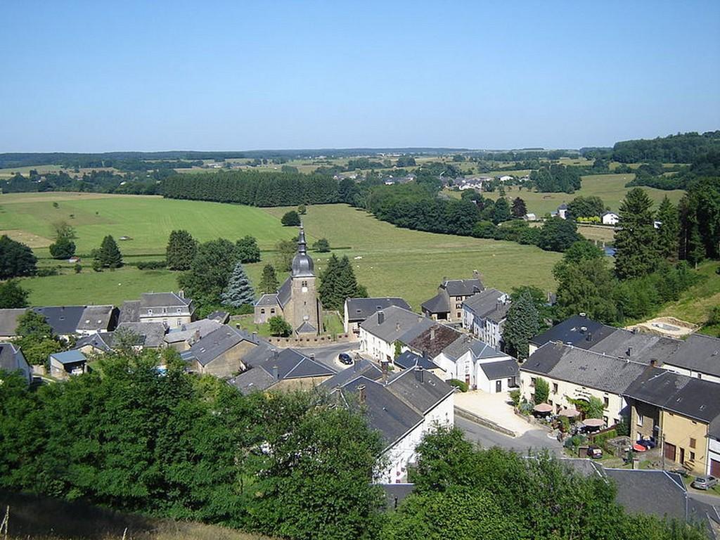 Chassepierre - Vue sur Chassepierre