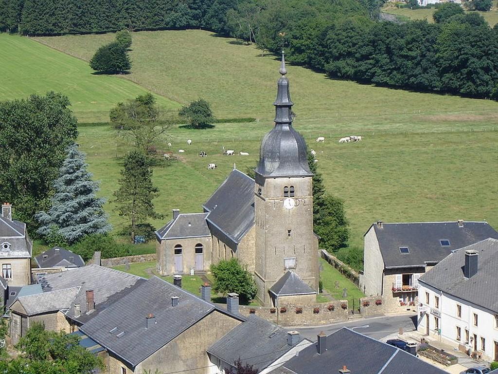 Chassepierre - L'église Saint-Martin