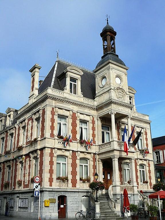 Givet - Hôtel de ville