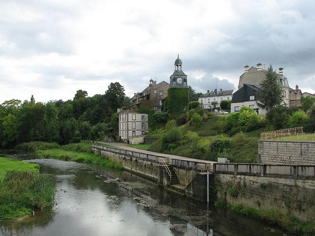 Varennes-en-Argonne - Tour Louis XVI et rivière