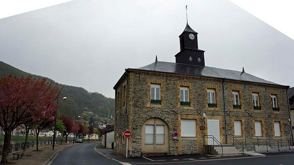Monthermé - La mairie
