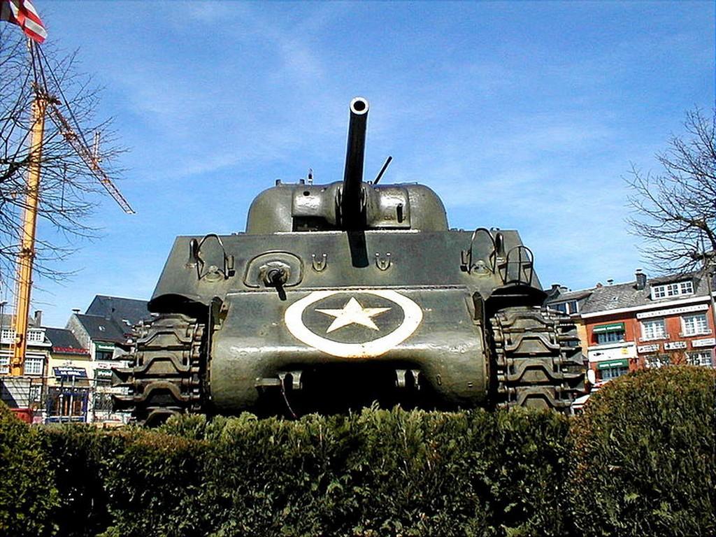 Bastogne - Char Sherman M4