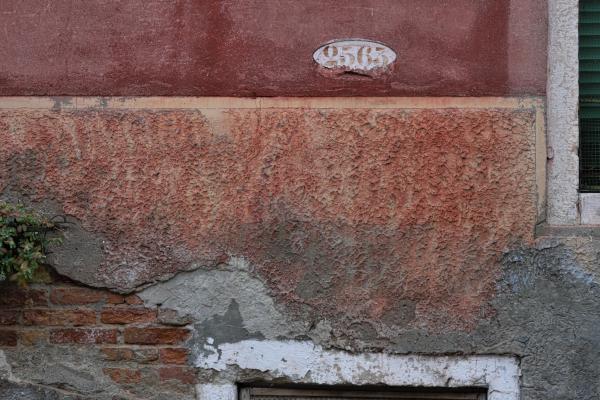 Mathieu Guillochon, photographe, Italie, Venise, castello, rue, numéro, briques, voyages, couleurs, lagune, histoire, république de venise
