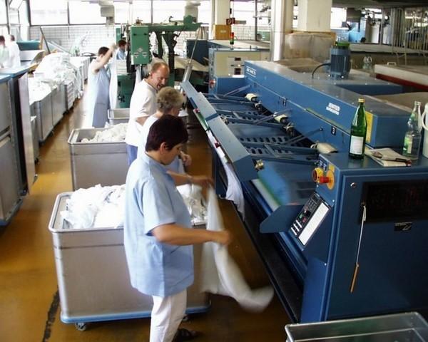 Uso del calore: vapore saturo. Ad esempio la trasformazione alimentare, lavanderie industriali (Foto Bosch Industriekessel)
