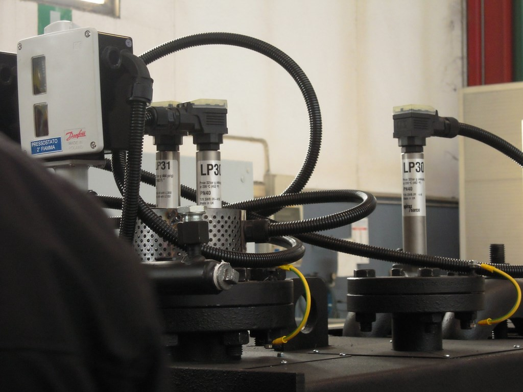 Doppia sonda di minimo livello con sistema di autodiagnosi