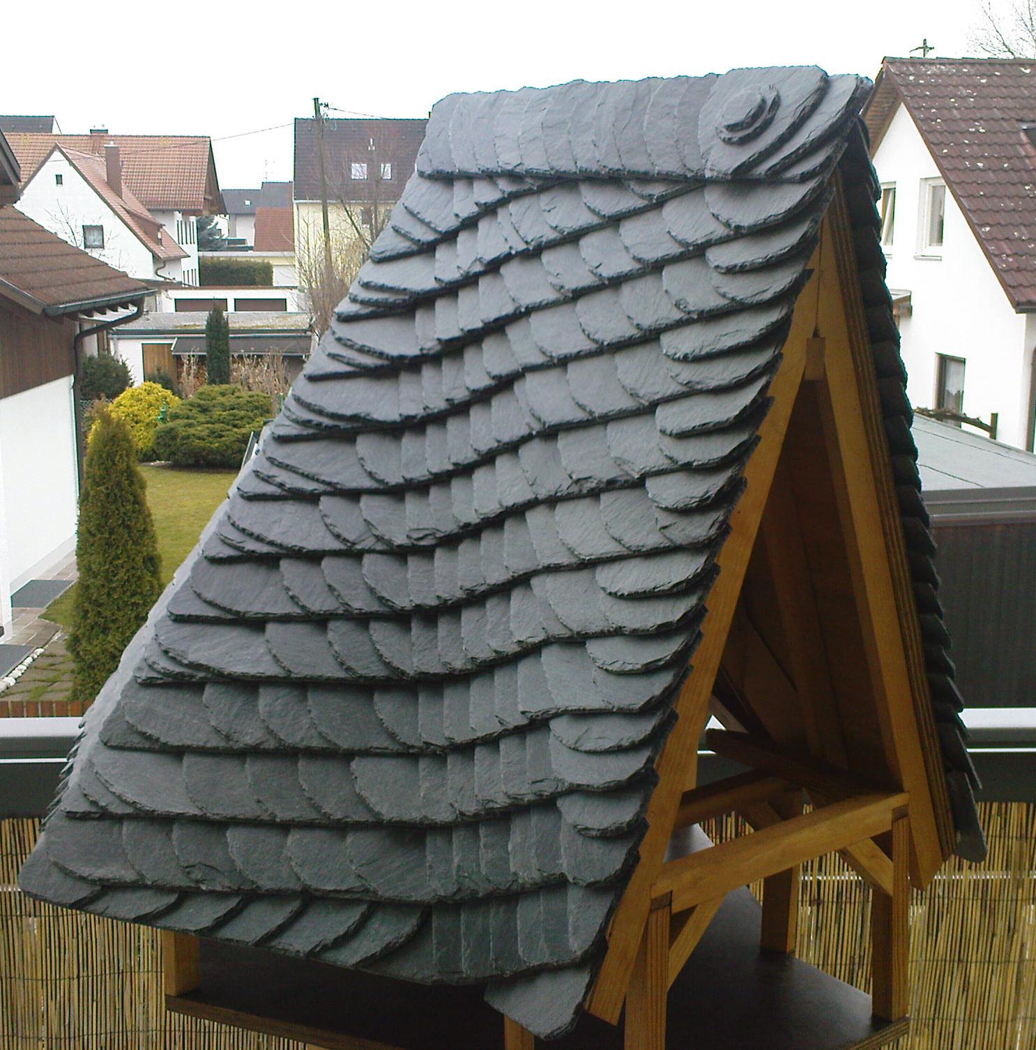 Vogelhäuschen in Altdeutscher Schieferdeckung