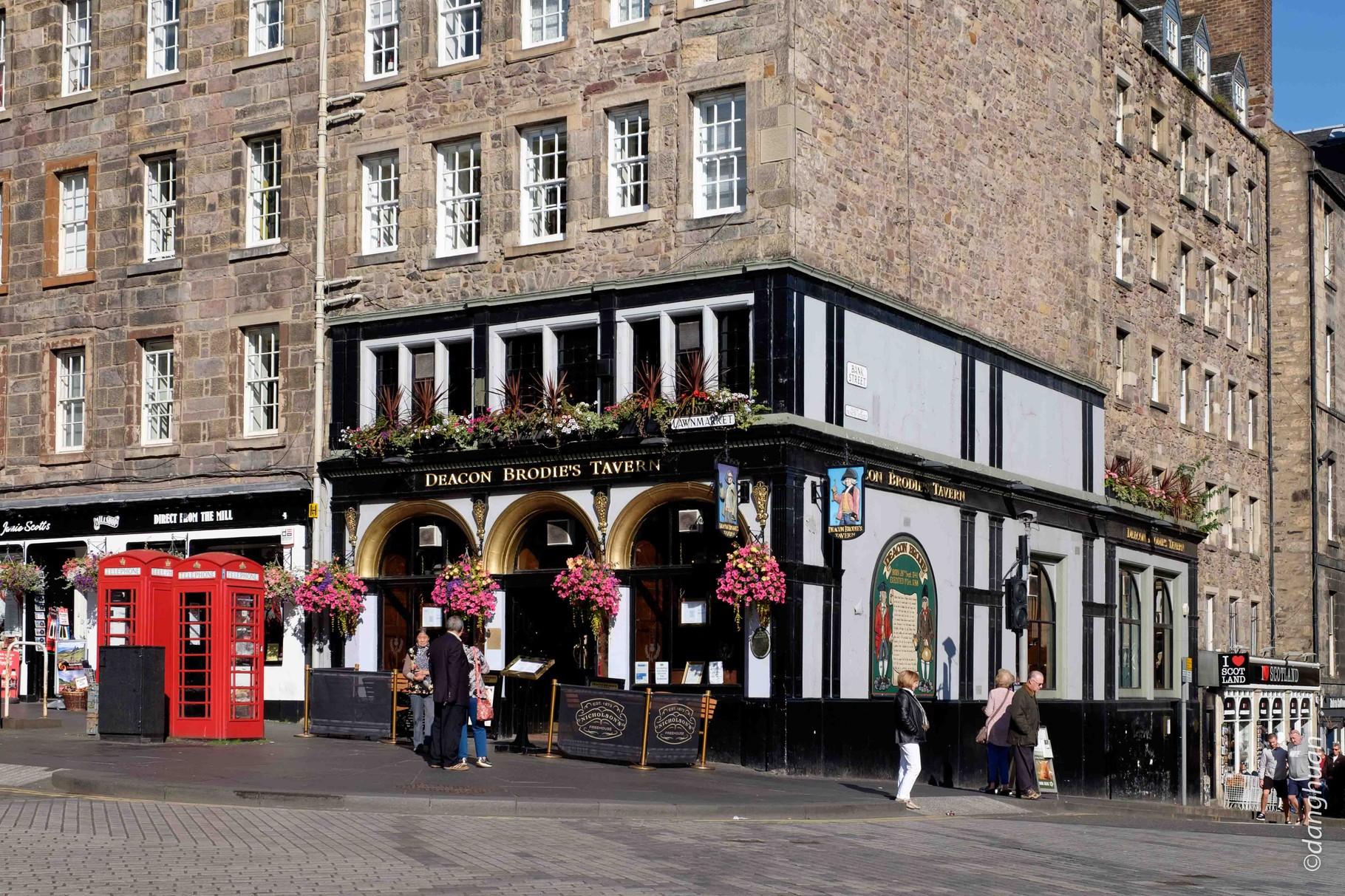 Pub - côté Old Town