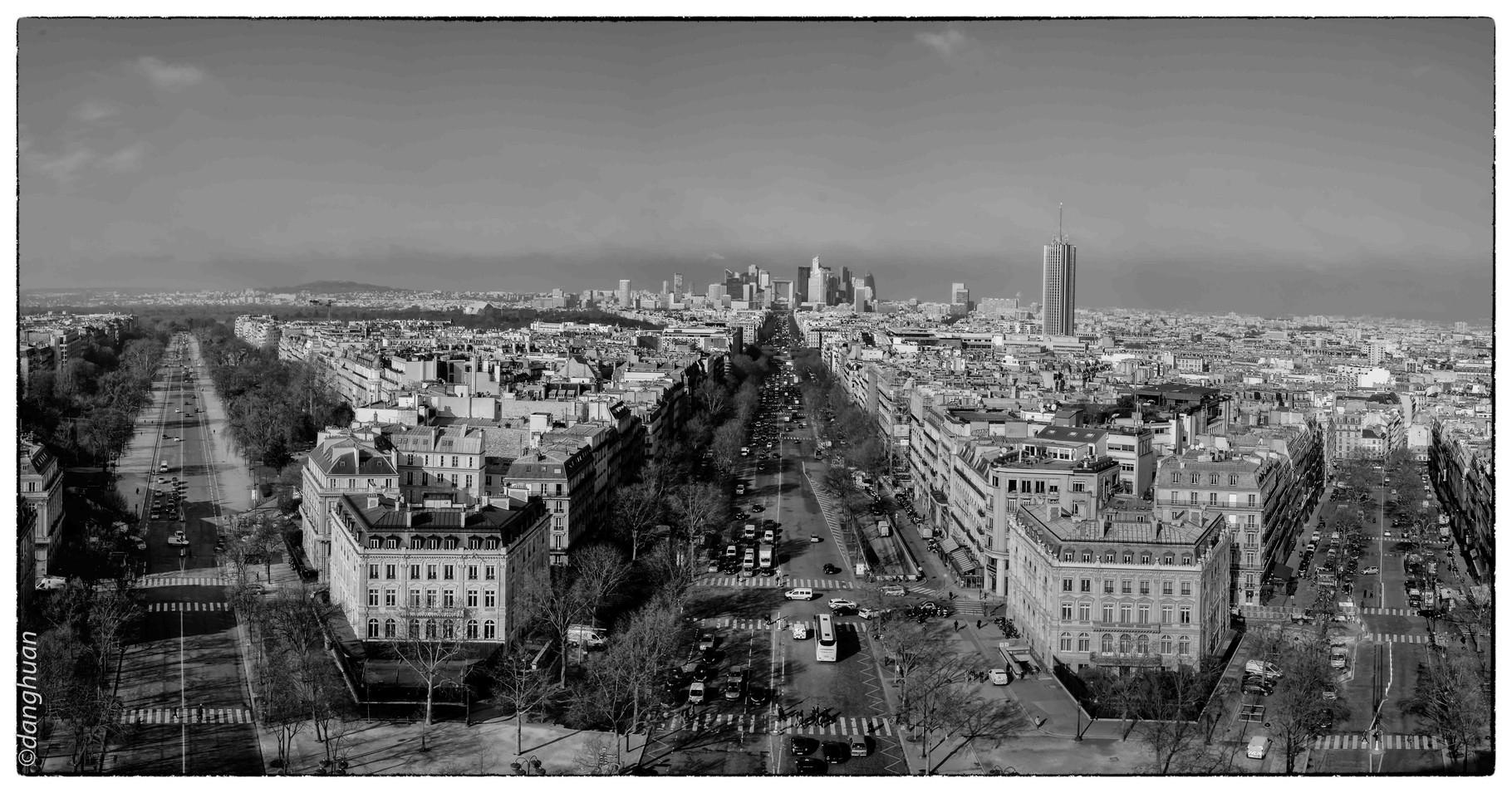 La Défense vue depuis le sommet de l'Arc de Triomphe