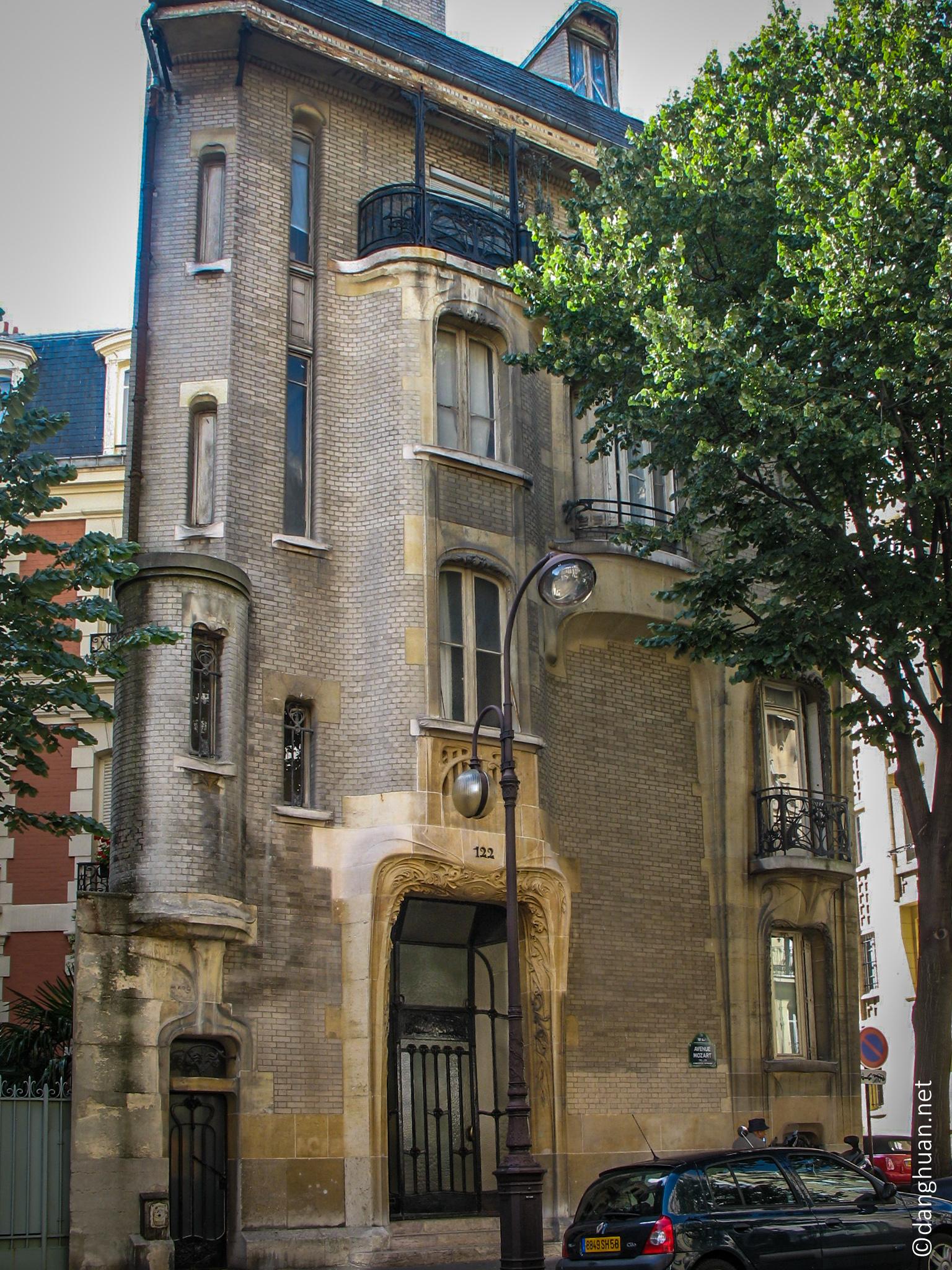 Architecte : Guimard - Hotel 122 Av Mozart -  1912