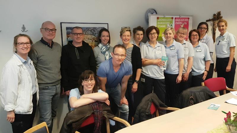 Angestellte Therapeuten der Ergotherapie, Logopädie und Physiotherapie des St. Vincenz-Krankenhaus in Paderborn und St. Josefs-Krankenhaus in Salzkotten