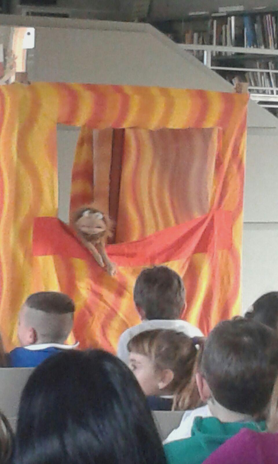 teatro di burattini e marionette