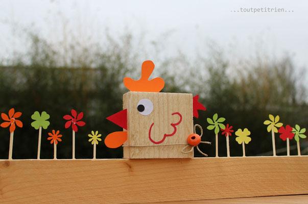 Poule avec nos chutes de bois. www.toutpetitrien.ch/bricos/ - fleurysylvie