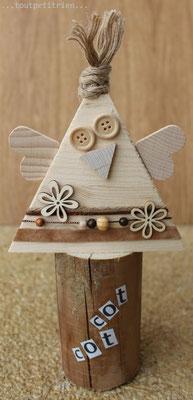 Poule, avec nos chutes de bois. www.toutpetitrien.ch/bricos/ - fleurysylvie