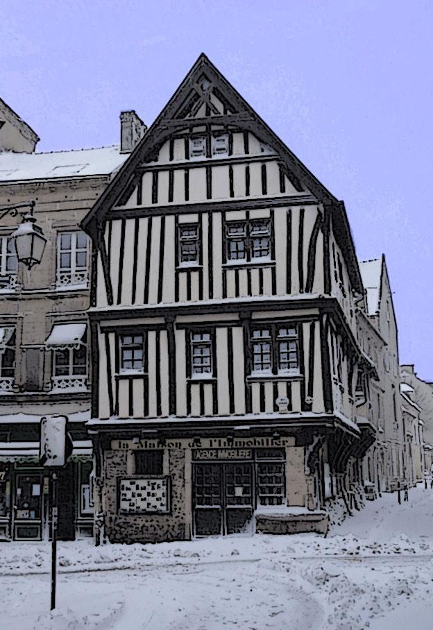 Maison à l'angle des rues St Martin et Franche