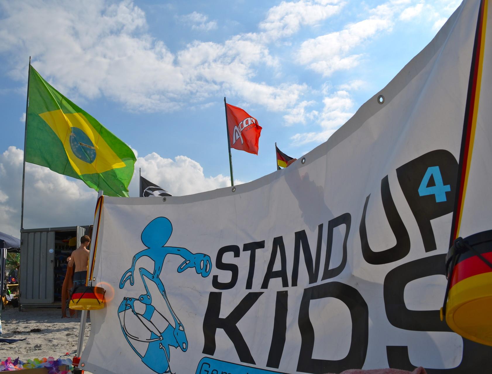 Stand up 4 Kids - Gemeinsam gegen Krebs!