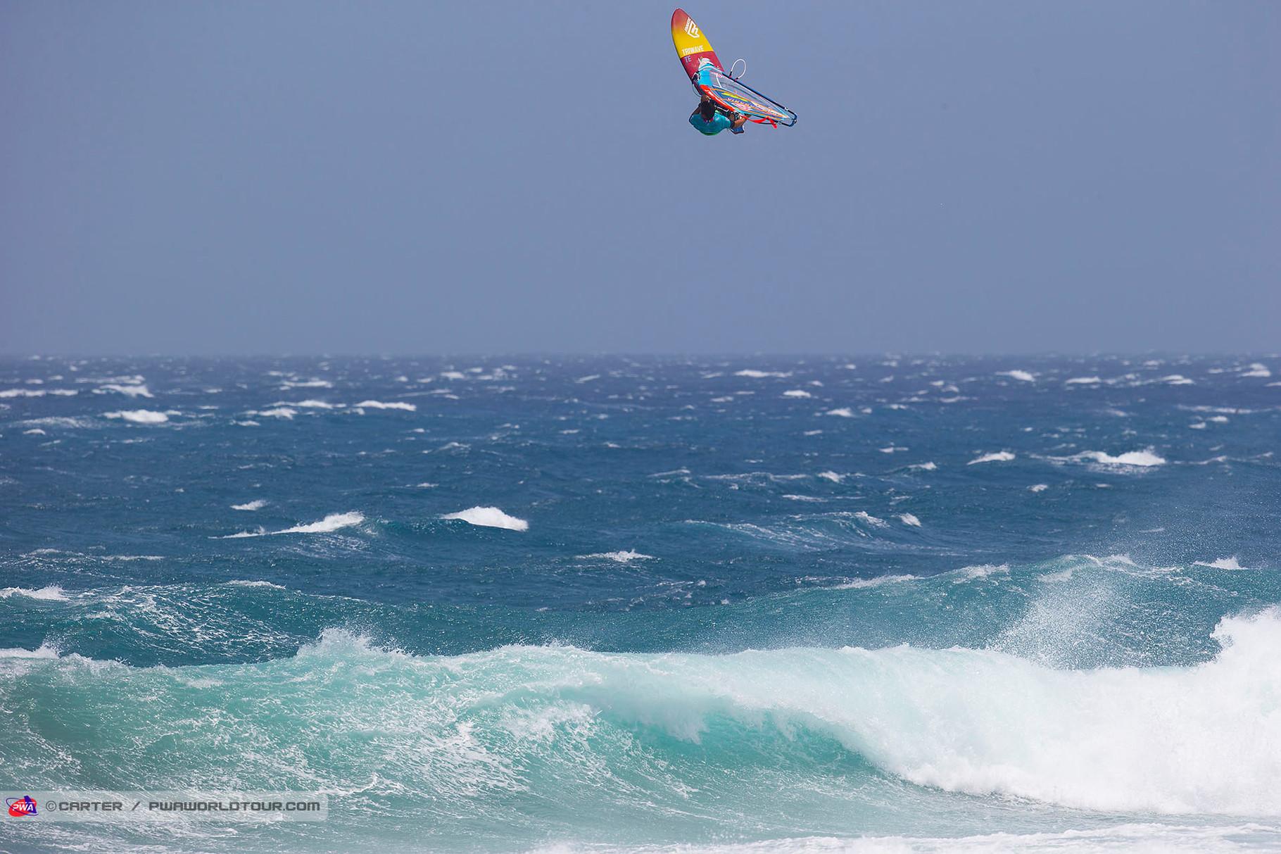 Victor Fernandez fliegt dem 2. Platz entgegen. ©Carter PWA