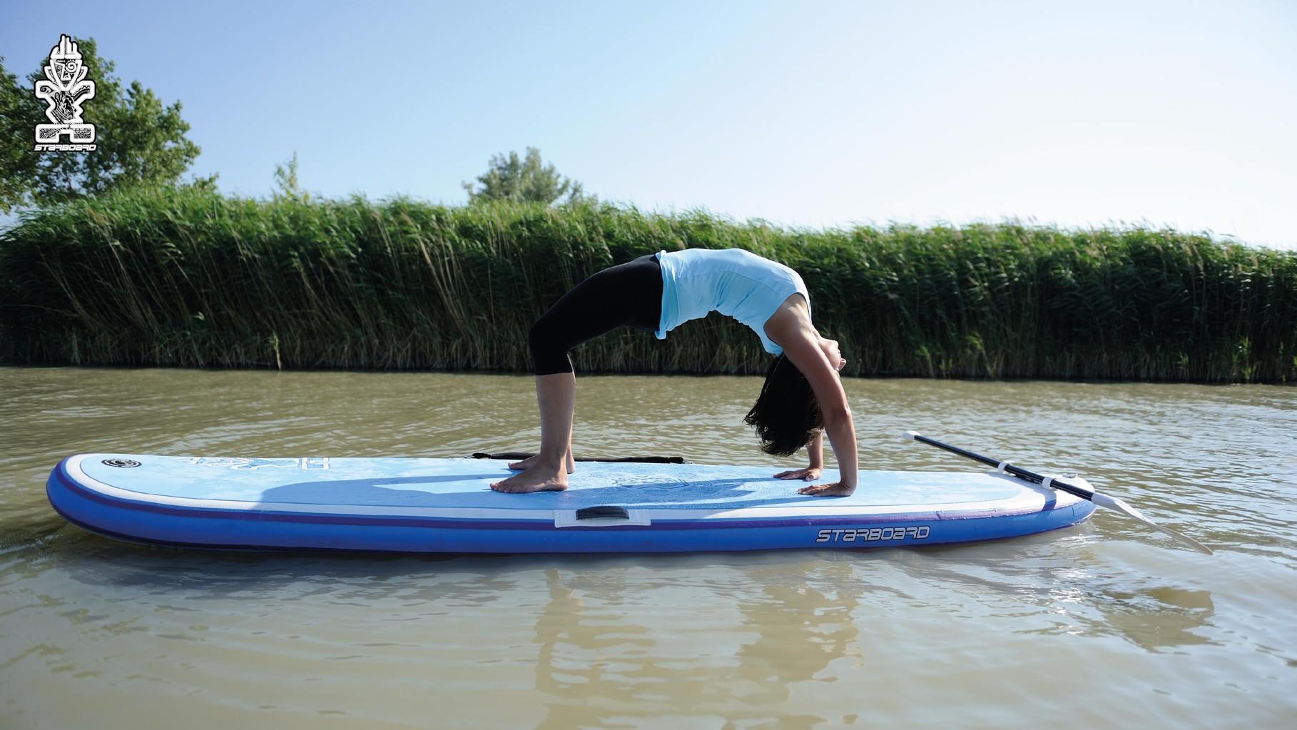 Mit dem Starboard Tiki fit bringt SUP Yoga richtig Spaß.