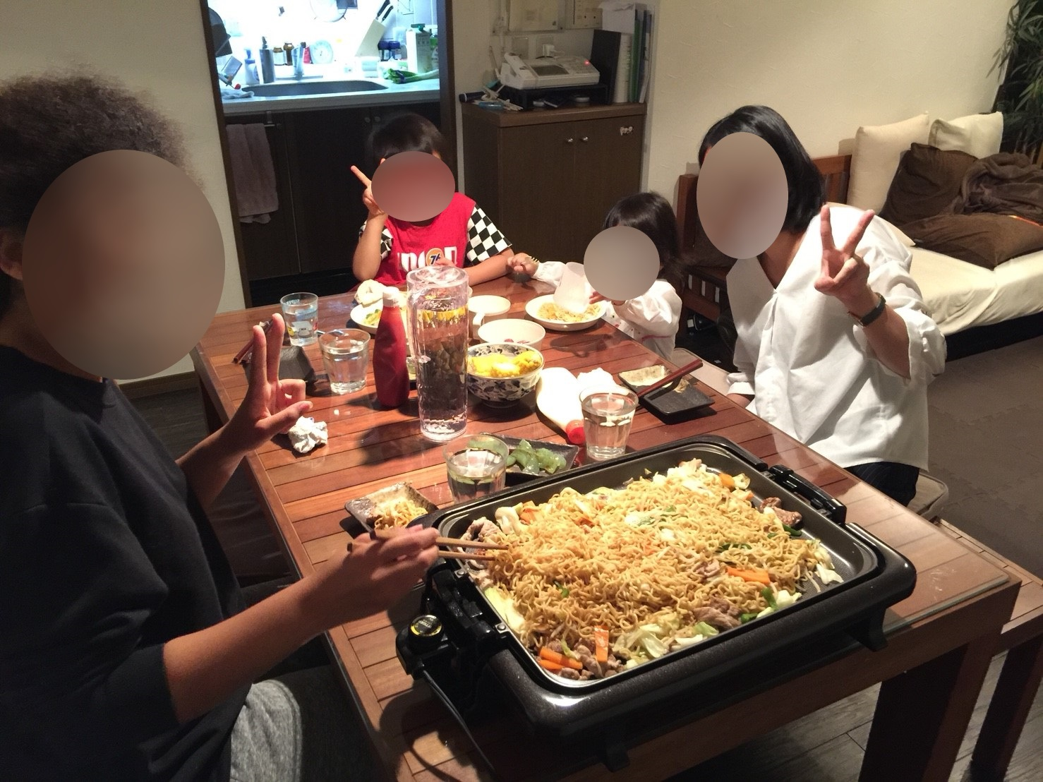 8 Me, my hostbrother, his friend and his friend's mother eating Yakisoba