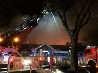 Großbrand in der Sporthalle in Lehndorf