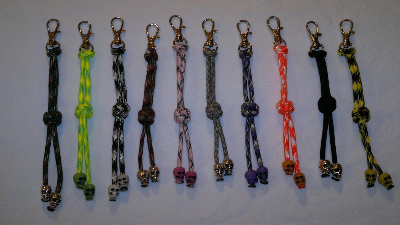 Dimant Knot Schlüsselänhänger oder als Zipper für Taschen Jacken etc.