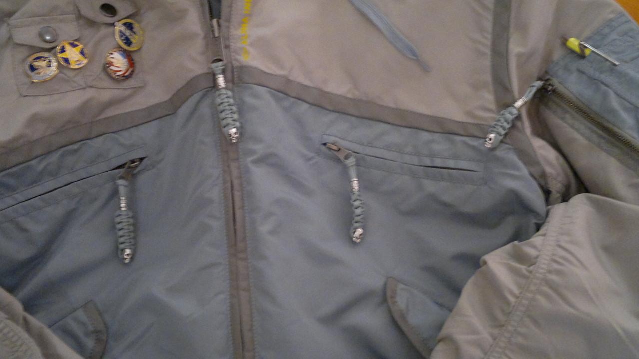 so sieht es dann an der Jacke aus!