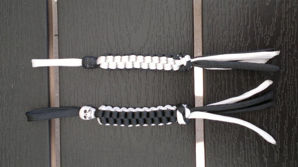 Schlüsselanhänger black and white