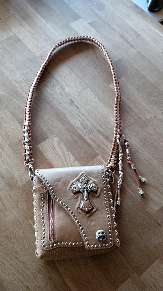 Handtaschen Schulterbändel neu gemacht