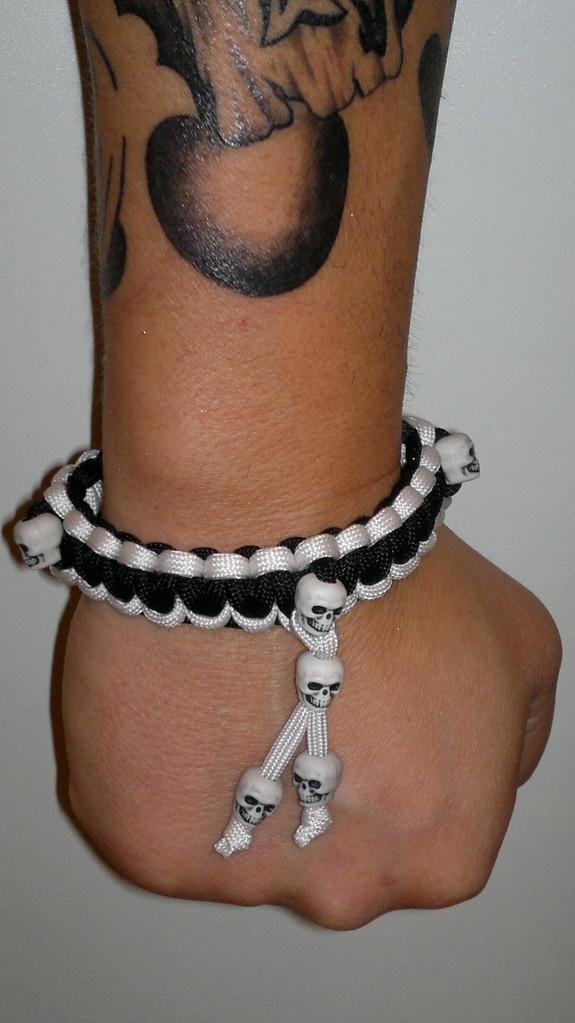 Neueste Creation Solomon Knot mit 6 Skulls