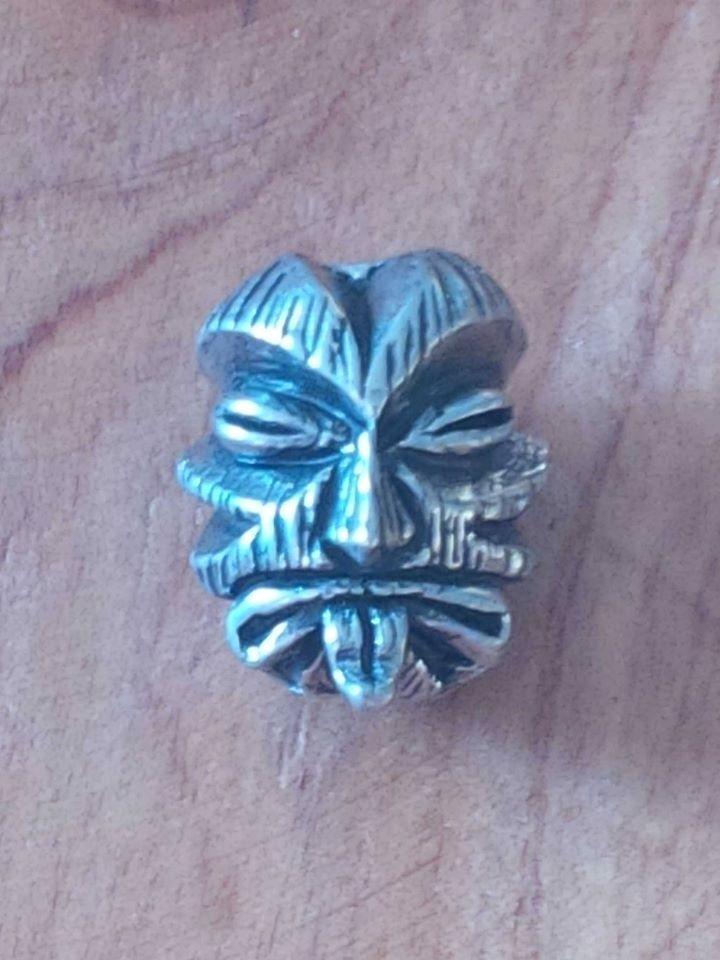 Tiki Skull