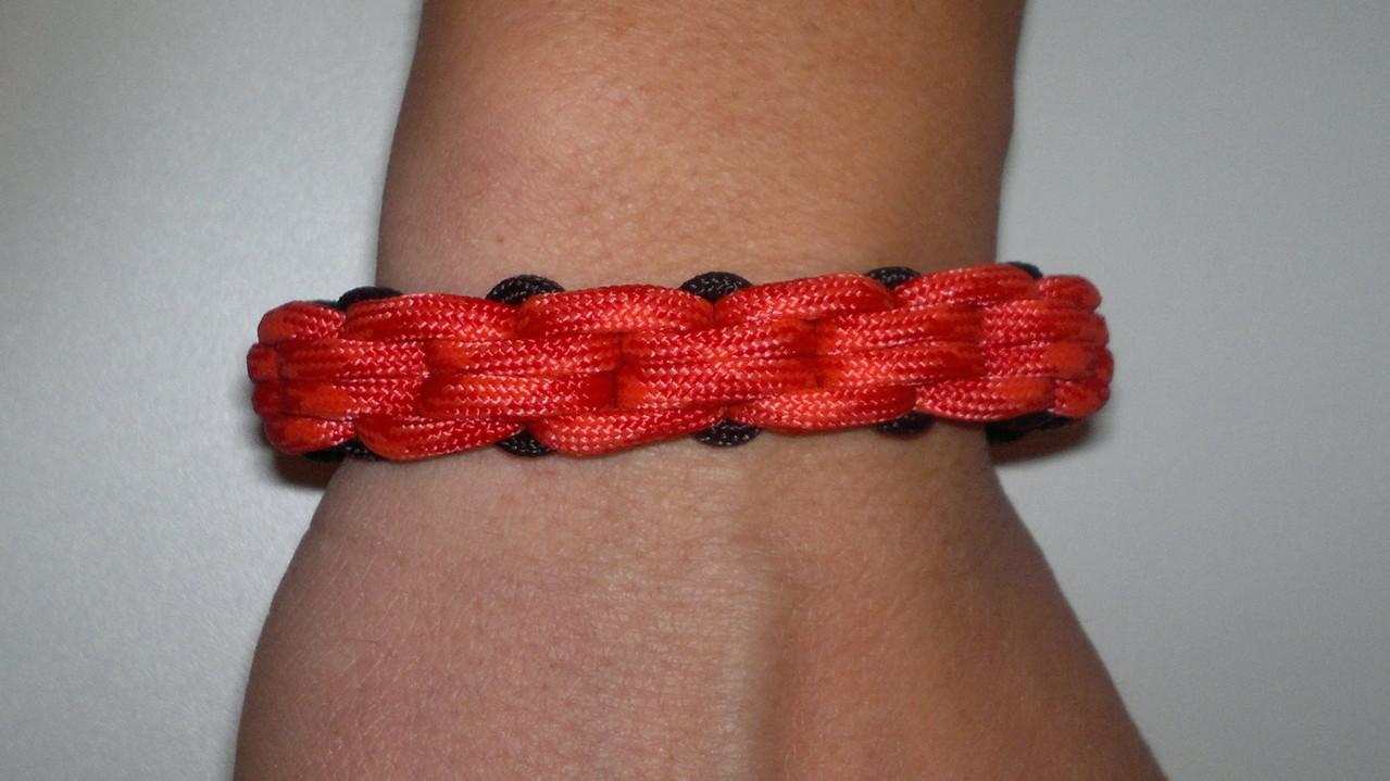 chained knot / Kettenknoten ebenfalls alle Farbkobinationen aus meiner Palette möglich!!