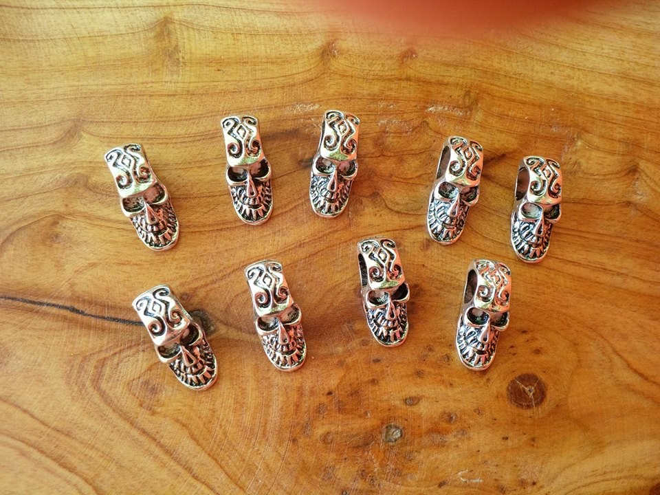 Tribal Skulls