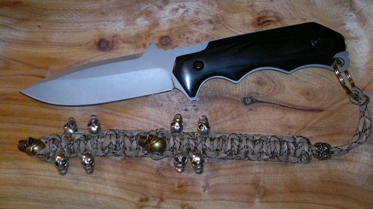 """Anhänger für Messer oder Schlüssel """"Extrem Skull"""""""