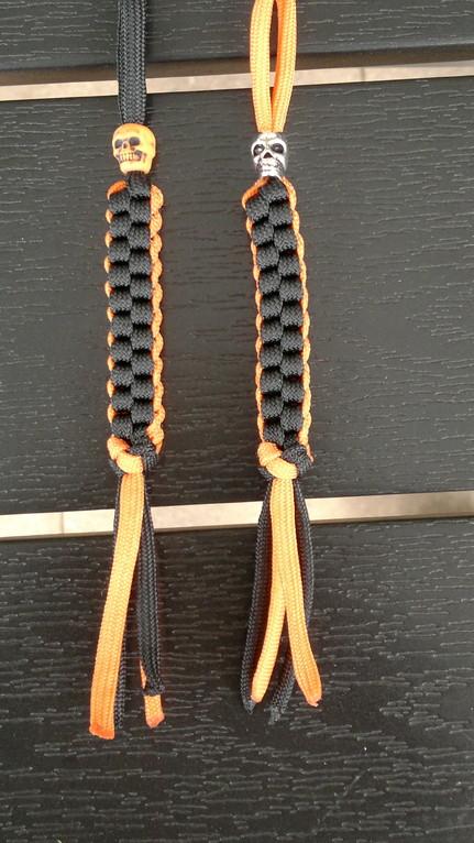 Schlüsselanhänger Orange mit vers. Skulls (Orange für KTM Freaks!!)